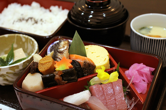 Food_Lunch_IMG_6152_R
